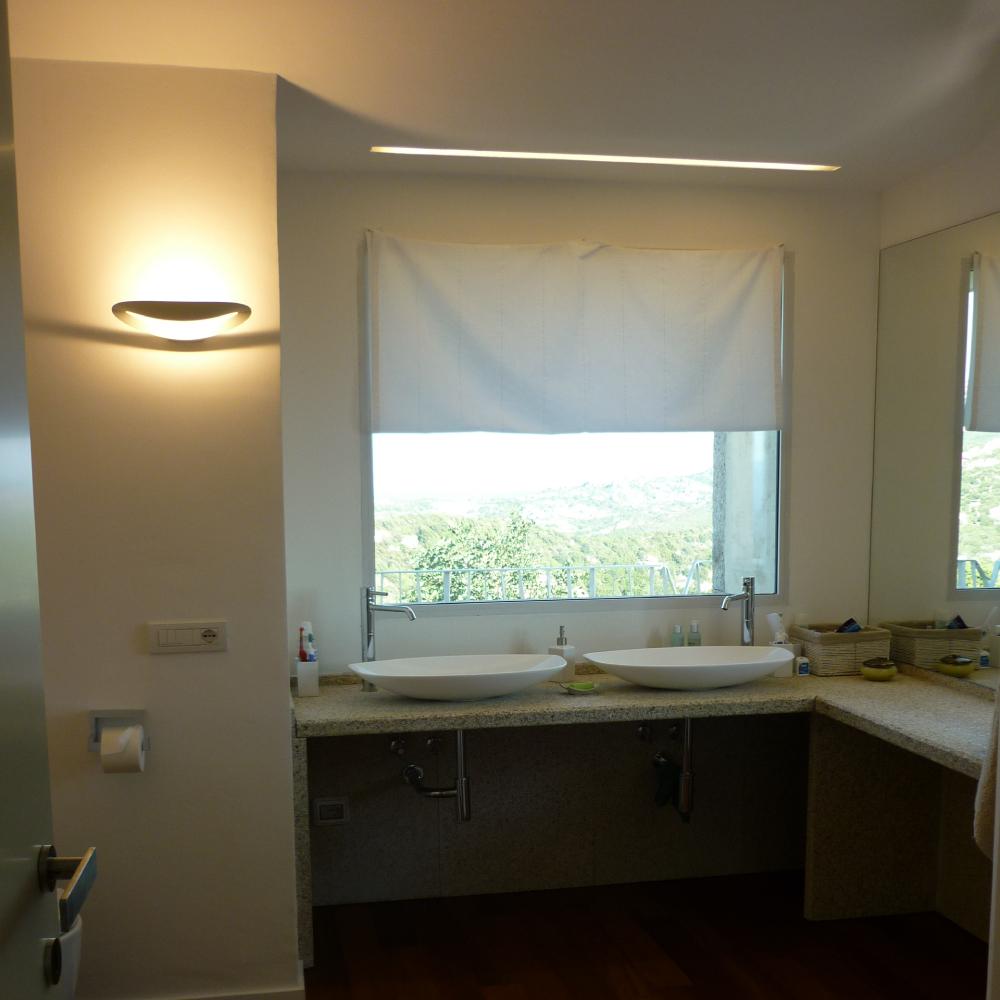 Illuminazione ville aziende uffici negozi progettazione e realizzazione - Illuminazione per bagno ...
